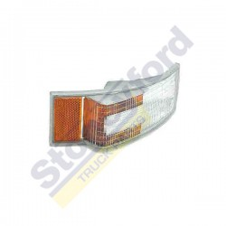 Volvo Indicator Lamp RH/LH (Amber & Clear Lens) OEM 3981668