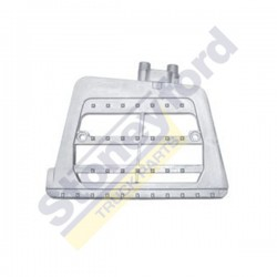 Step Bracket, RH DAF-BODY-017
